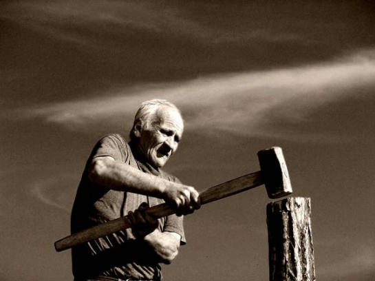 old_man_working