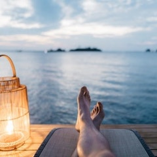 How to negotiate for more time off when job searching